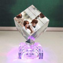 水晶魔方发光摆件,一款可以定制照片的送礼佳品