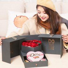 德芙巧克力玫瑰礼盒,让女孩子感动不已的表白神器