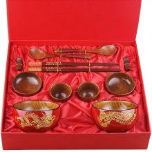 喜庆红檀木碗筷礼盒,送一份百年好合的美好祝愿