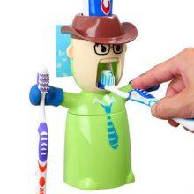自动挤牙膏公仔,吸壁式全自动刷牙套装